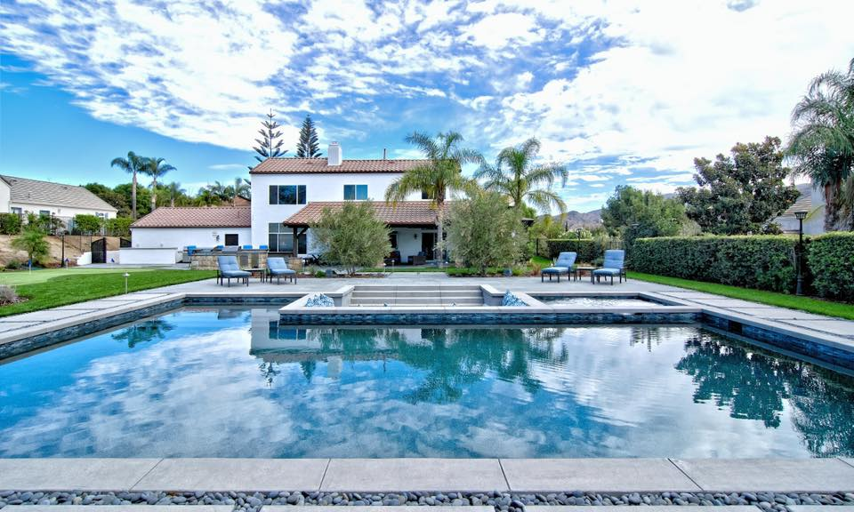 Los Angeles swimming pool contractor — California Pools