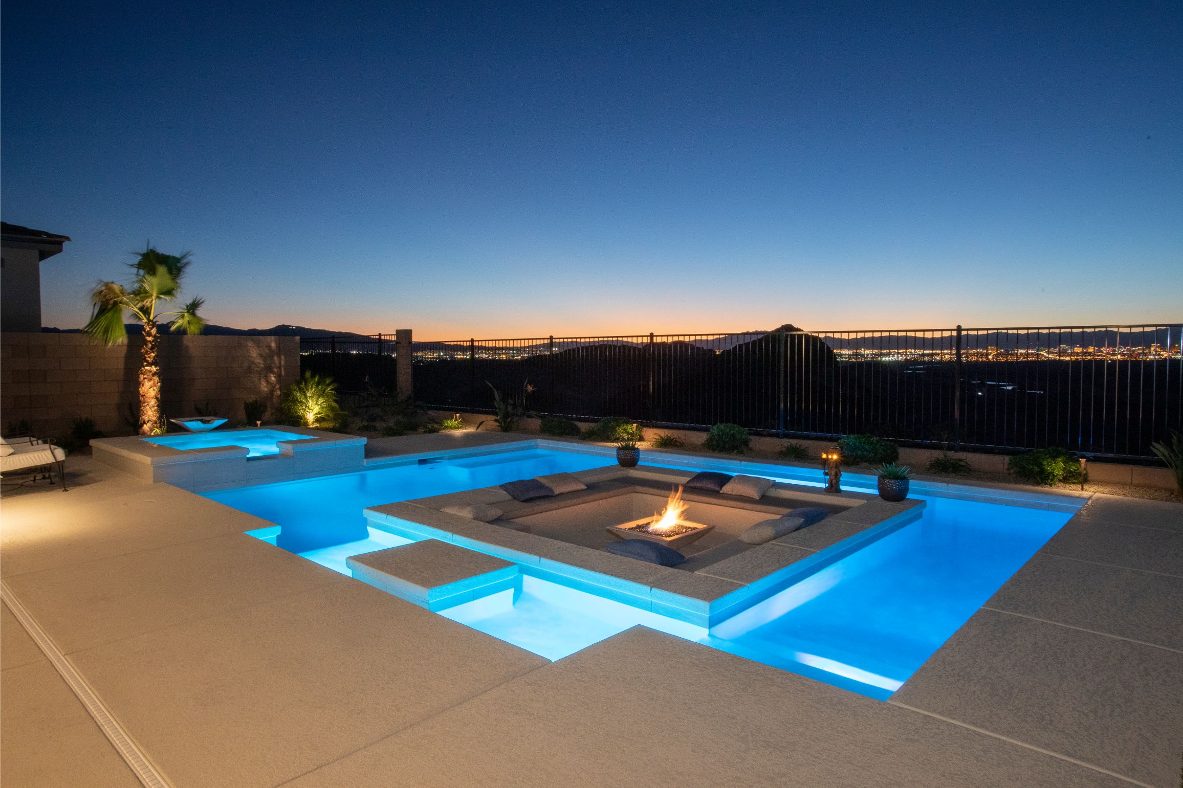 Swimming pool fire and light features — California Pools