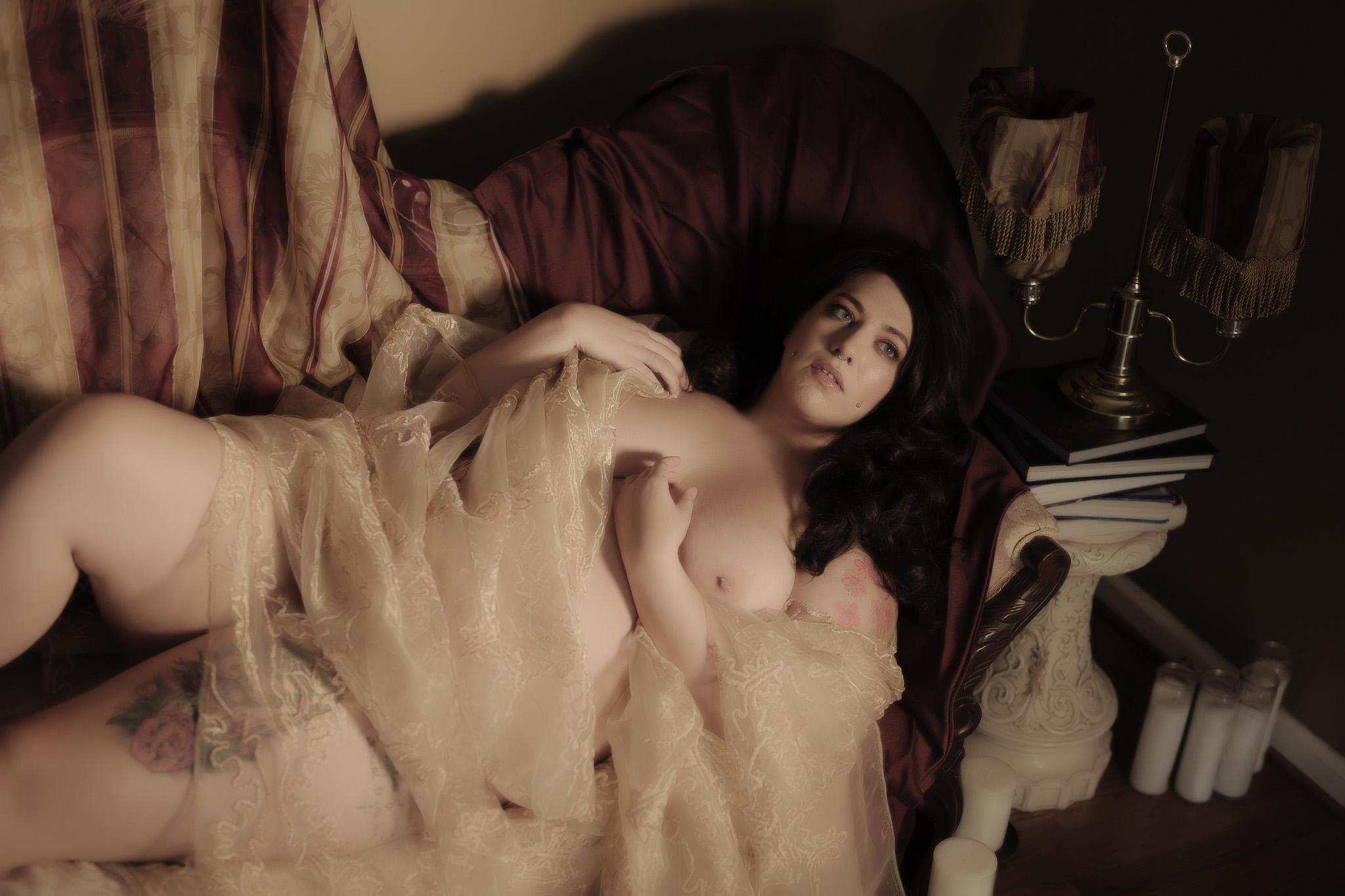 Darling Josie - Renaissance BOUDOIR 090519-7955.jpg