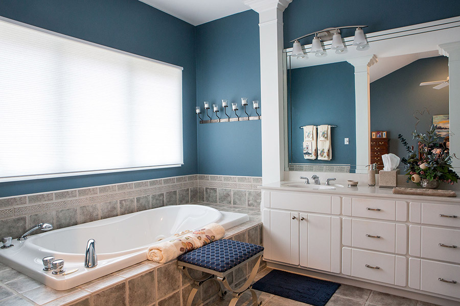 Beautiful wall & cabinet colors can turn your home into an oasis of calm.