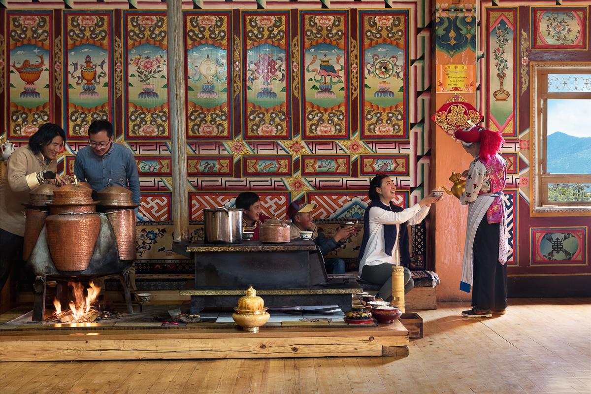 20150721_Shangri-La_Diqing_Local-Tea-House.jpg