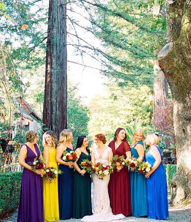 what CAN'T you do with a spectacular #BrideTribe by your side?!