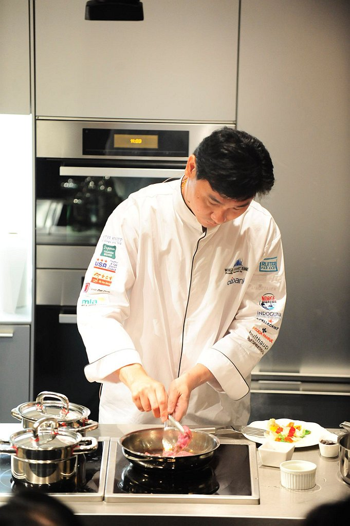 RCM_Cooking_Class_at_Singapore_Tourism_Board_on_Saturday_07_May_2011.jpg