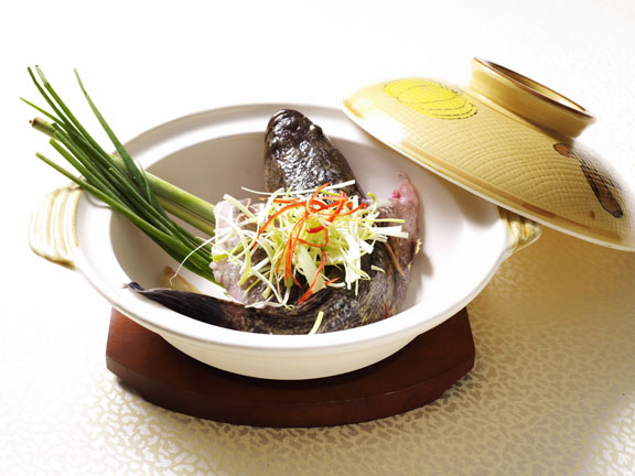 Live Fish Bake in Claypot with Chef Tan In-house Recipe 11,.jpg