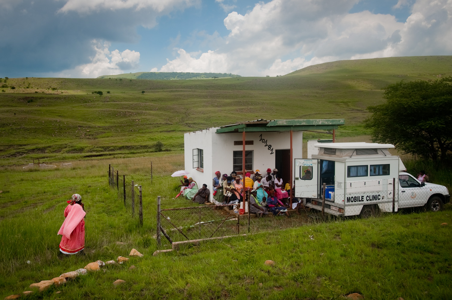 """Mobile Clinics"" portrays the daily life of the health care professionals and the Zulu communities they serve from distant hard-to-reach huts to garages-turned-clinics to prisons. These images were created over the course of several weeks in KwaZulu-Natal province, South Africa."