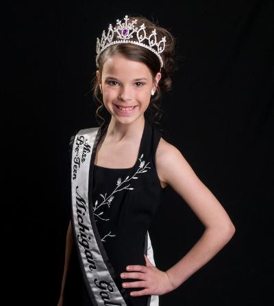 Alexandra,Miss Pre-Teen Michigan Galaxy 2009. Photograph by David Defoe.