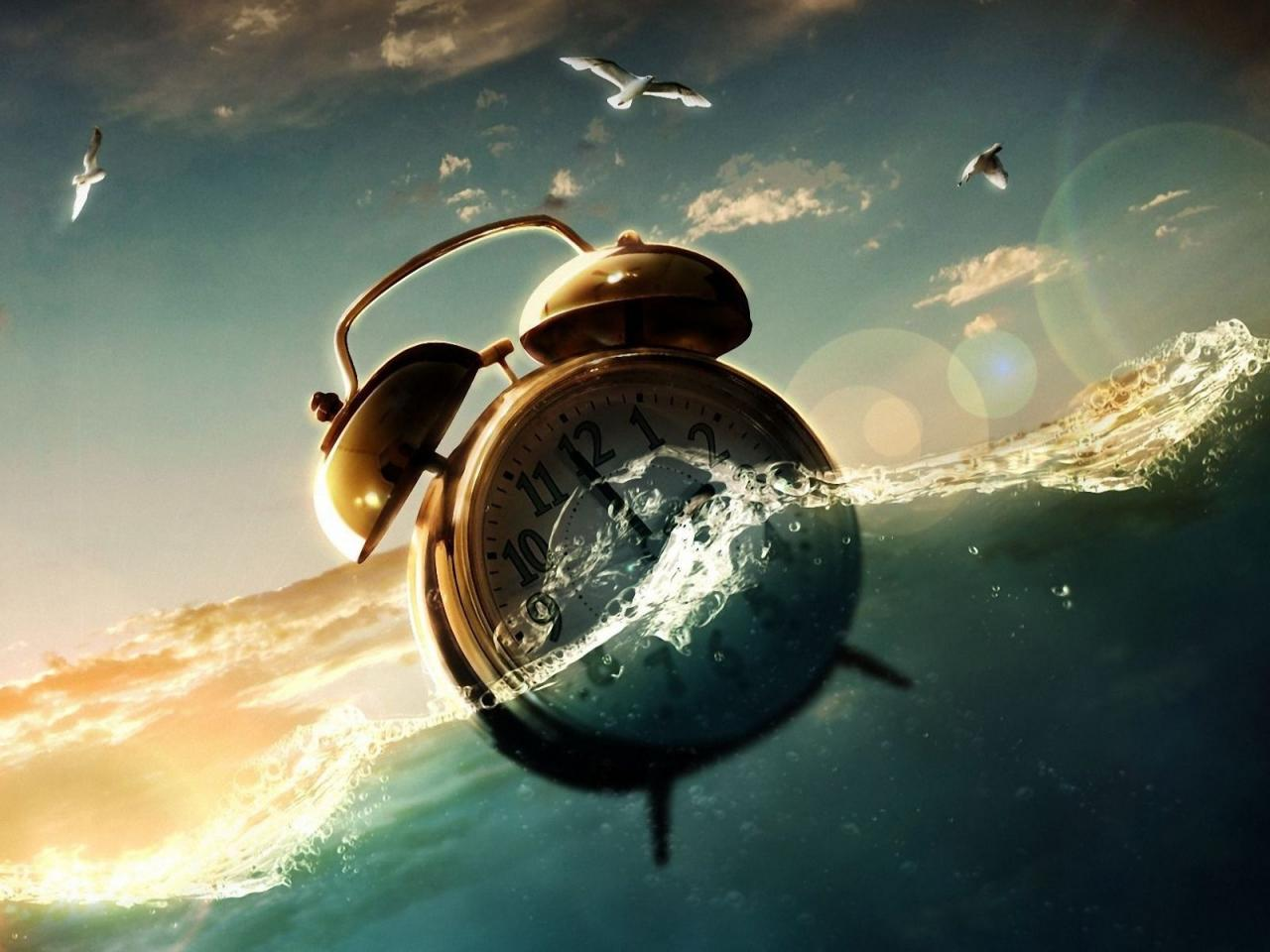 alarm-clock-water-fantasy-design-creative-960x1280.jpg