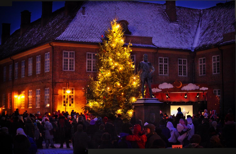 Julegrantenning gamlebyen i fredrikstad