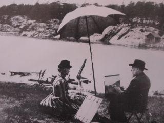 Maleren Hans Gude og hans kone fotografert på Hankø.