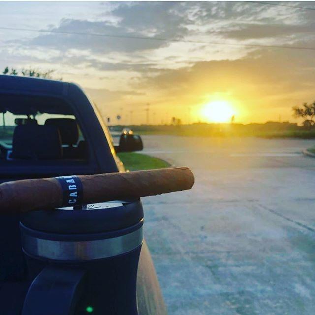 Repost from my man @k3rwind - beautiful shot and a great evening to be enjoying a corona gorda! #smokelocal #craftnotcrap #enjoytheburn #thanksforthelove