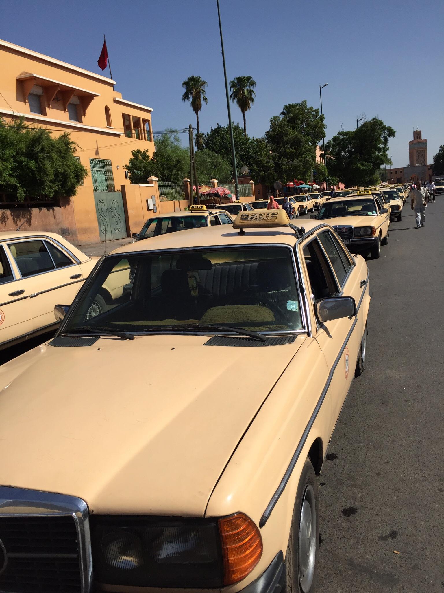 A grand taxi (AKA Moroccan death trap)