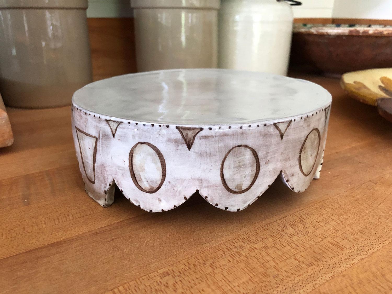 holly_hughes_other_ceramics_cakestand_site.jpg