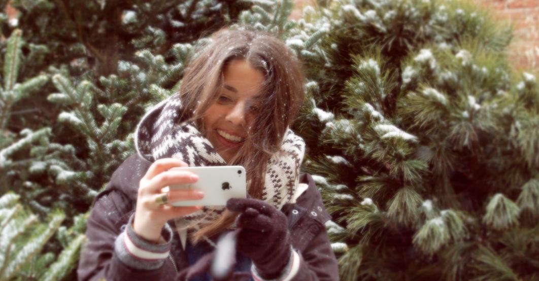 motley_holiday-shoot_iphone.jpg