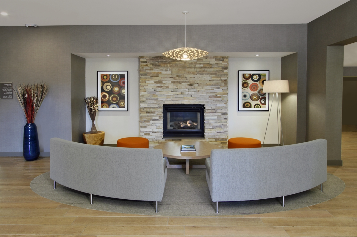 Fireplace Sitting Area2.JPG