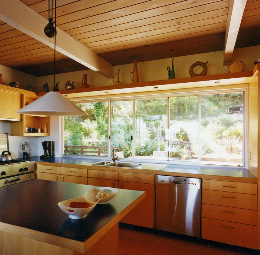 KitchenSmall4.jpg