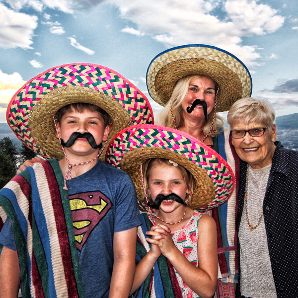 Tay, Ella, Shay and Betty at Taco Night