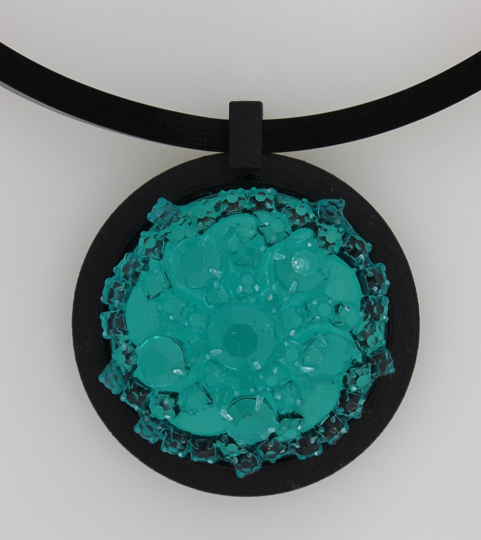BROOCH_4_turquoise.jpg