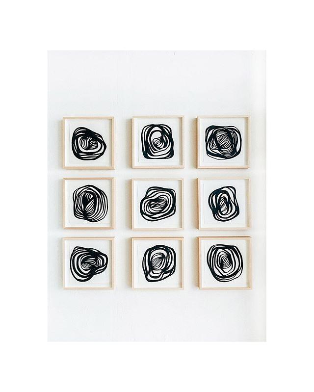 """Figuras 1-9. Acrílico sobre papel. 23 cm x 23 cm. Dibujos automáticos que siguen una sola regla — Quedan sólo dos días para visitar """"Bajo la Influencia"""" en @masartegaleria"""
