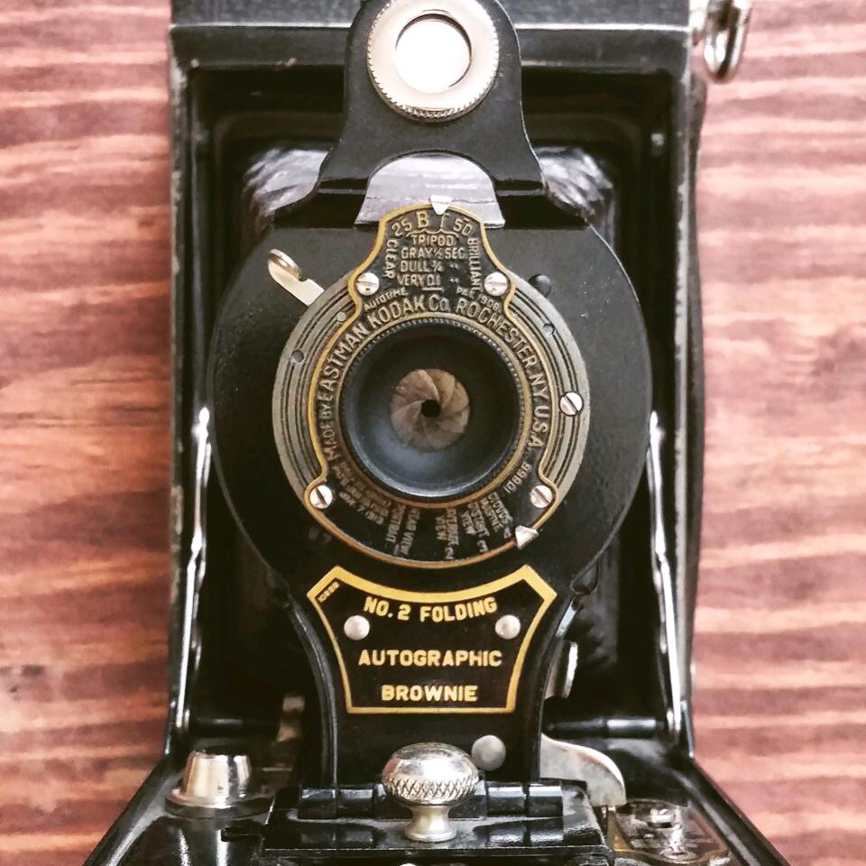 Old camera designs make me excited.
