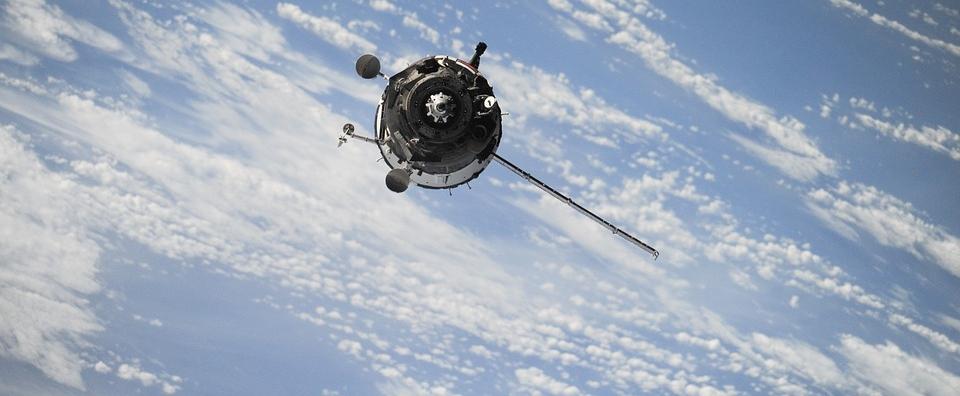 satellite-1030782_960_720.jpg