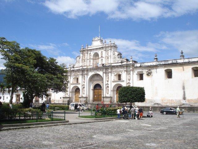 LAH Cathedral in City of Antigua Guatamala PD CIA Factbook.jpg