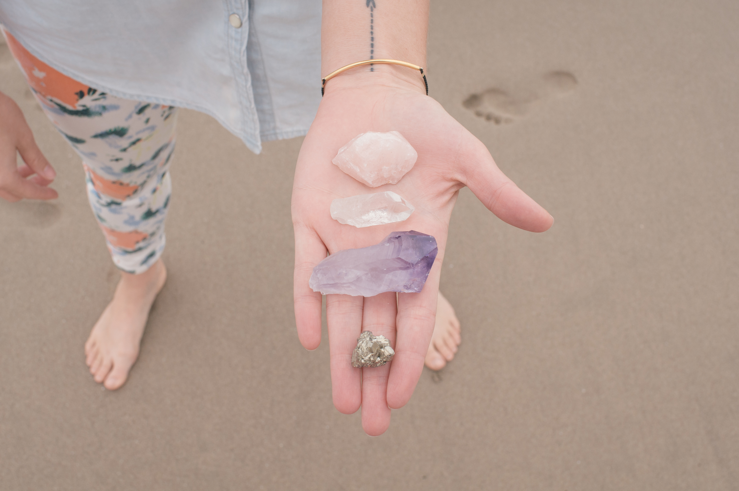 Freeandnativejournal_Crystals_Cleansing_1.jpg