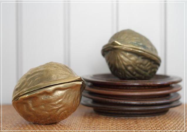 walnut cracker.png