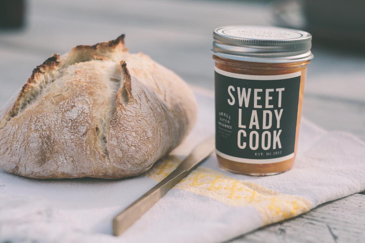 Freeandnative_Sweet_Lady_Cook_1.jpg