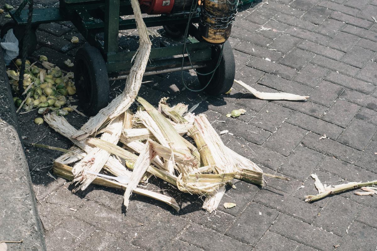 Freeandnative_Raw_Sugarcane_juice_1.jpg