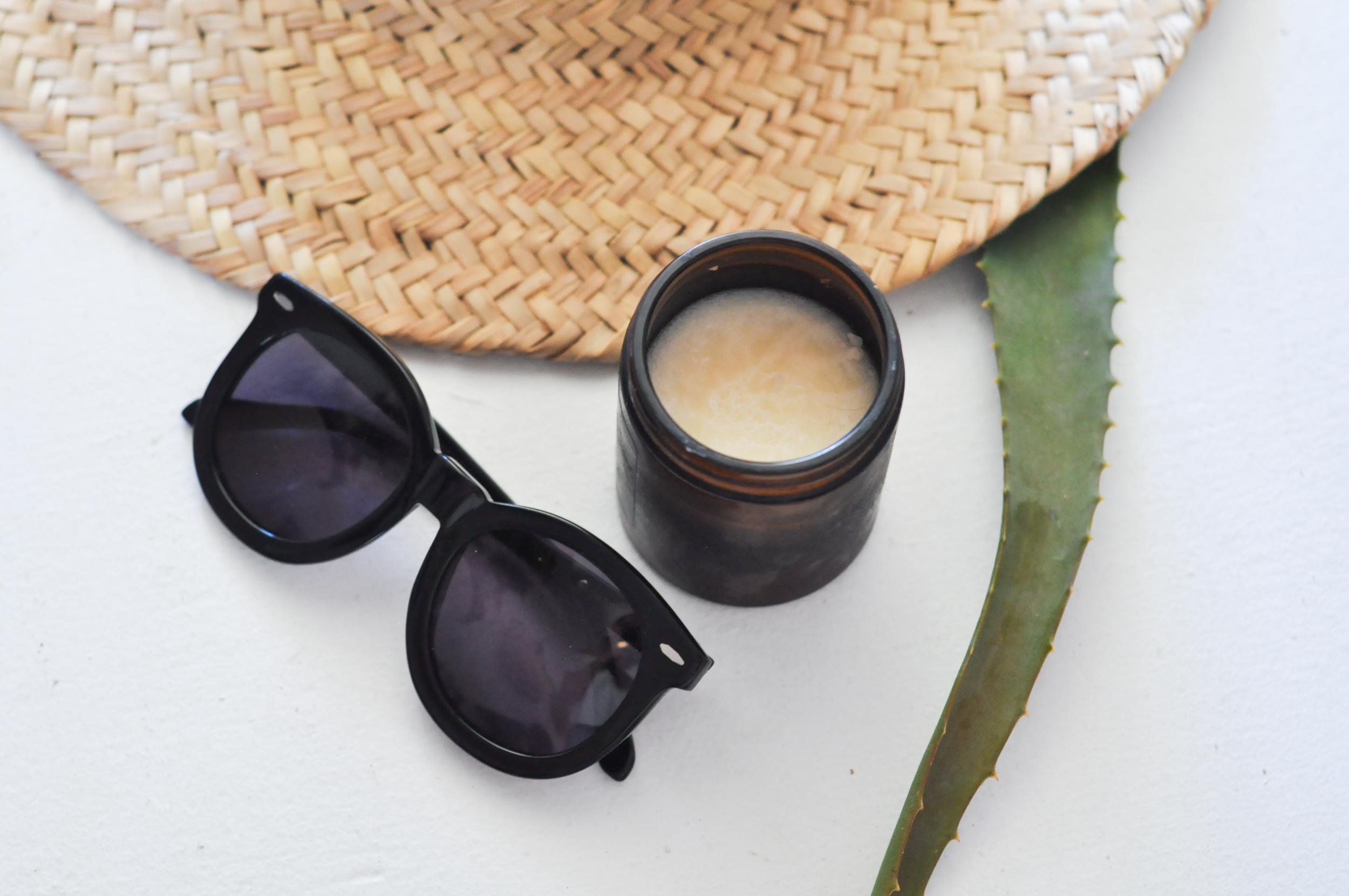 free-and-native-aloe-sunglasses-hat