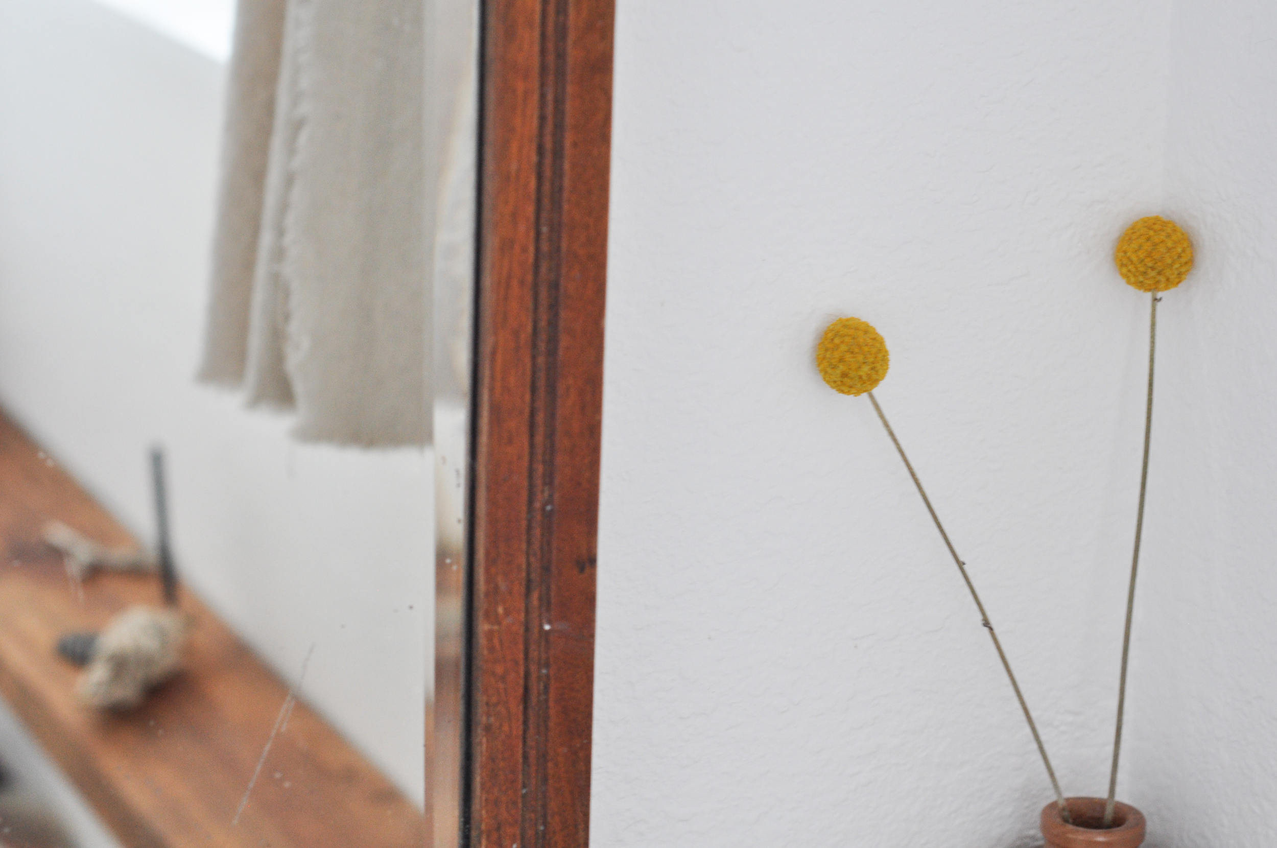 to-be-magnetic-mirror-yellow