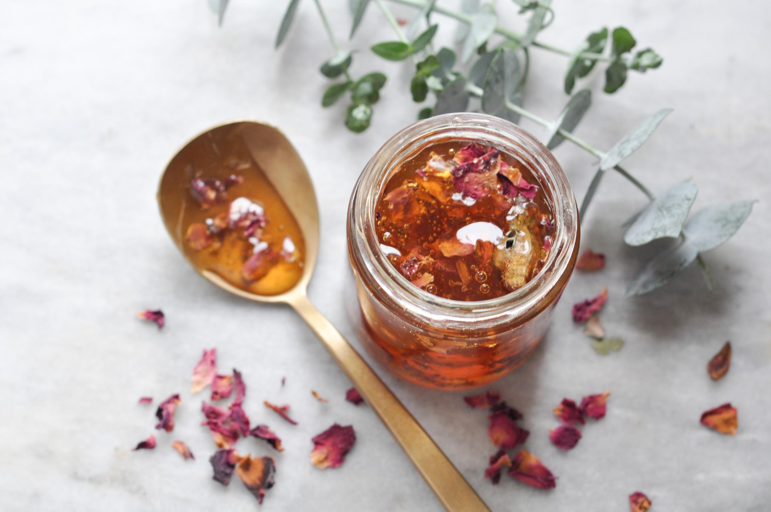 free-and-native-Rose Honey