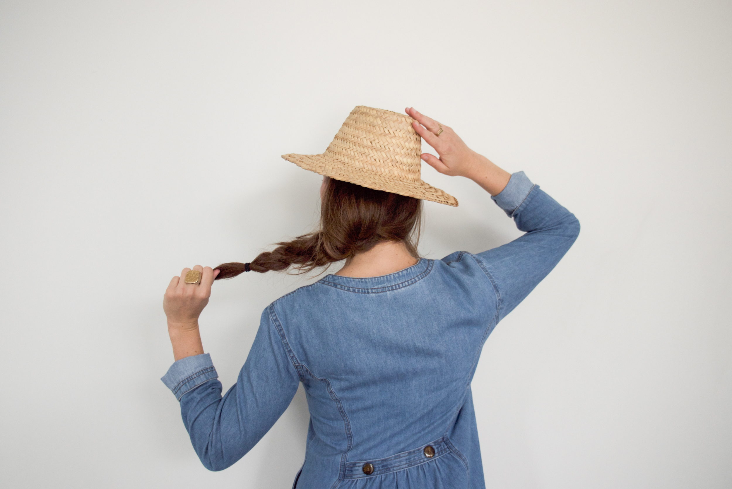 to-be-magnetic-dress-hat-The Work