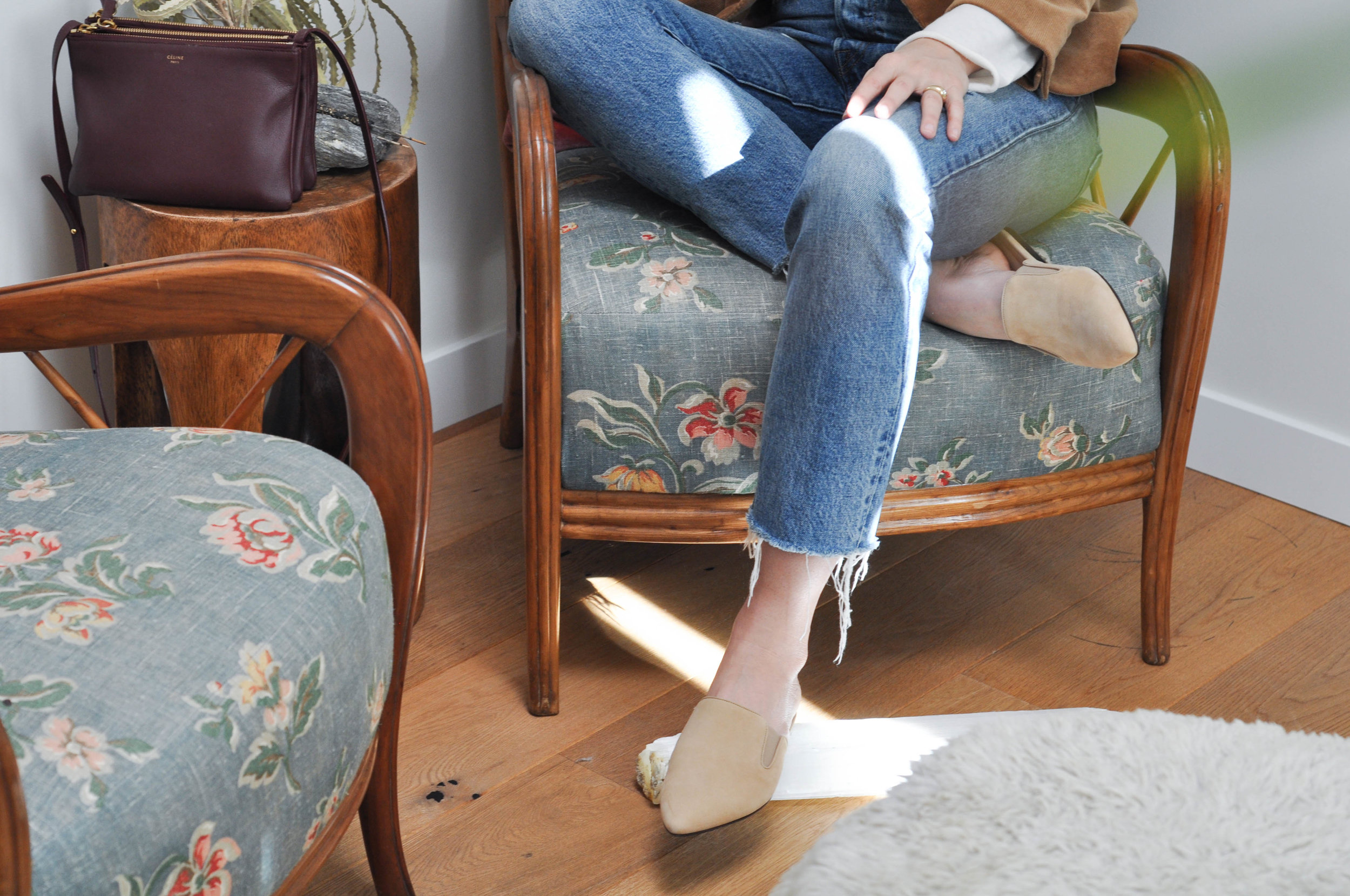blazer_mules_jeans_purse_chair_side_table_ring_white_shirt_sheepskin_2 (1 of 1).jpg