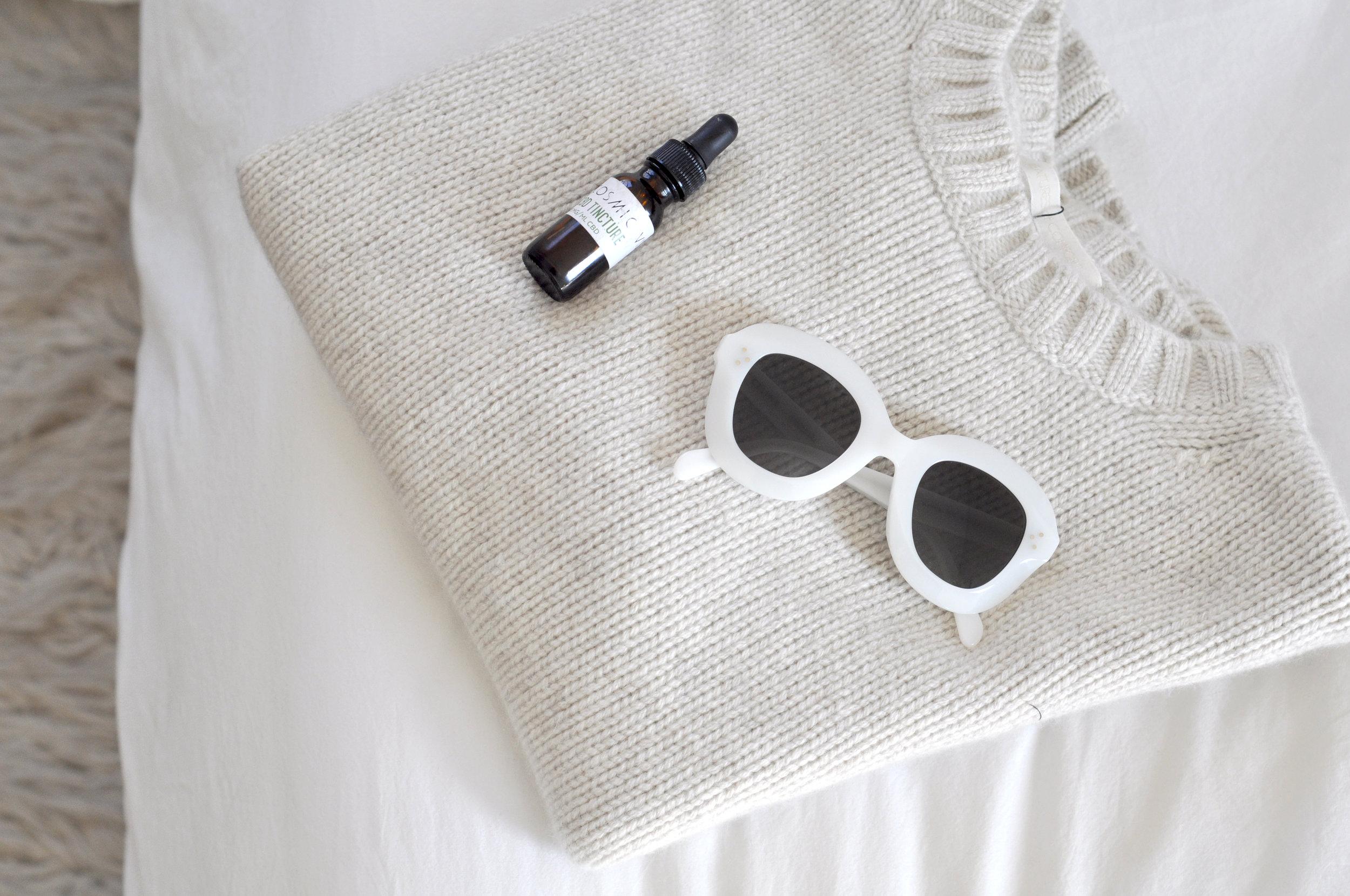 free-and-native-sweater_sunglasses_CBD_christmas
