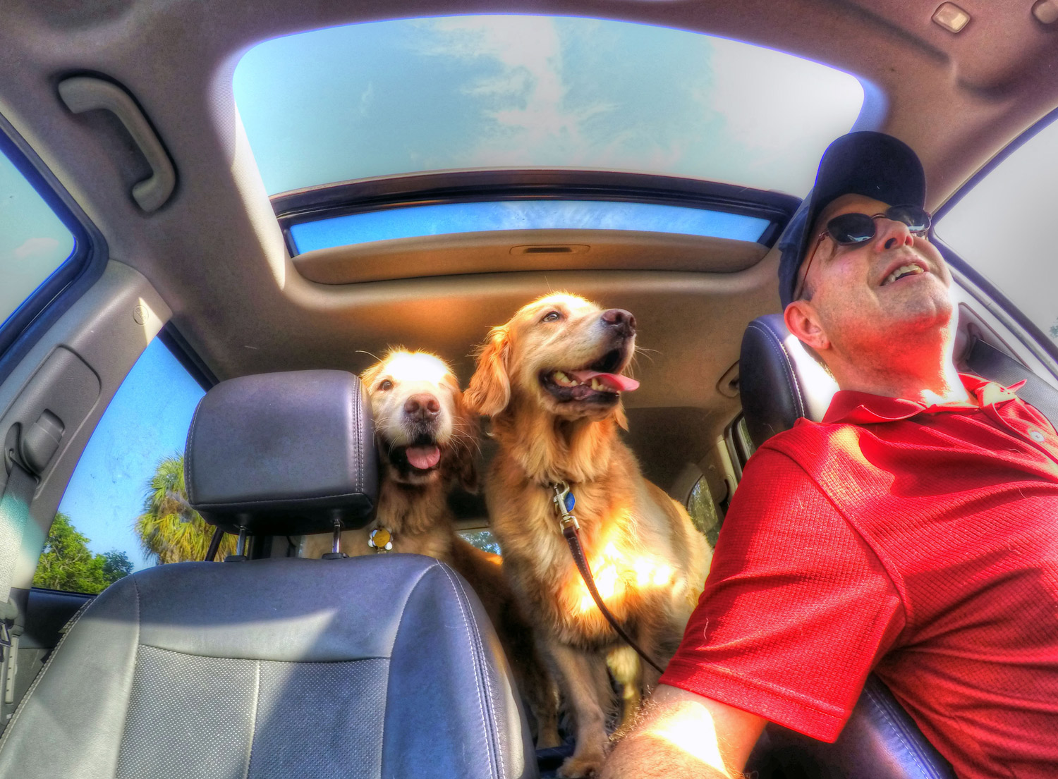 r-scott-duncan-photography-logan-julia-car-ride.jpg