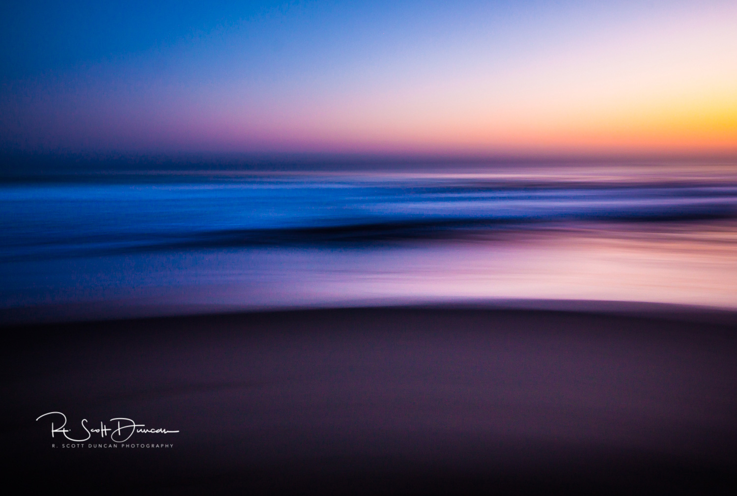 California Pacific Ocean Abstract - 2.4 seconds at F10