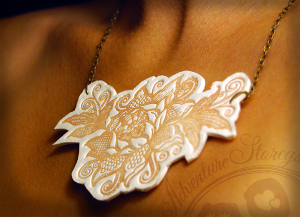 ADV_FlowerNecklace_0915.png