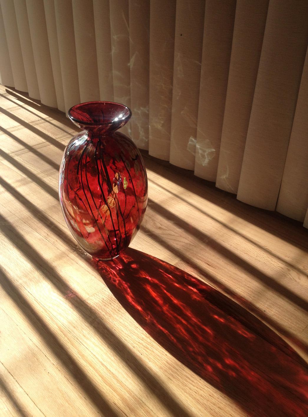 vases_3B_red.jpg