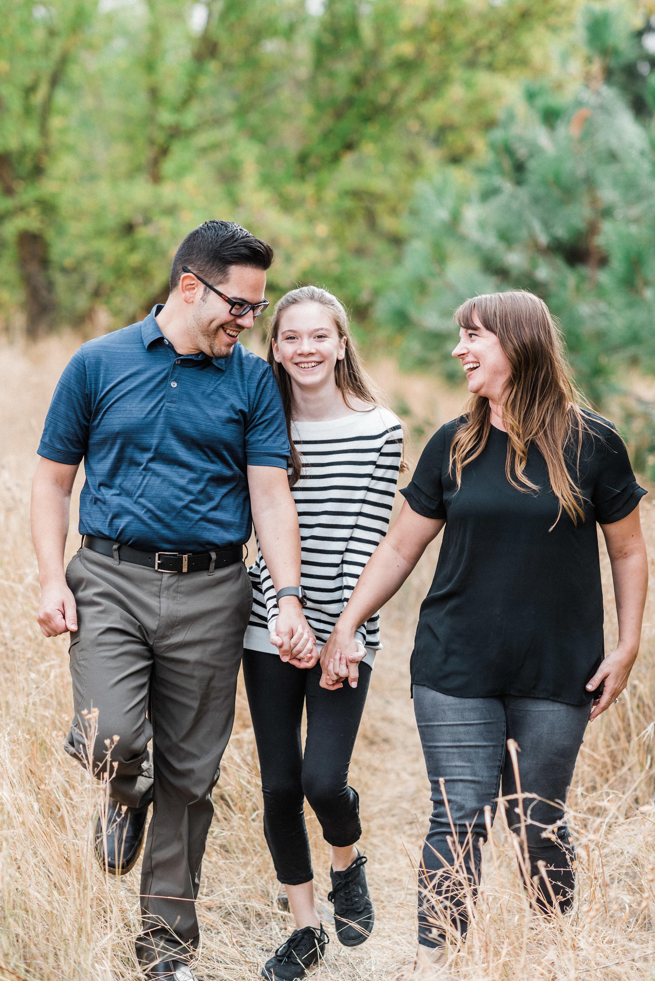 spokane_fall_family_photography_session (14 of 27).jpg