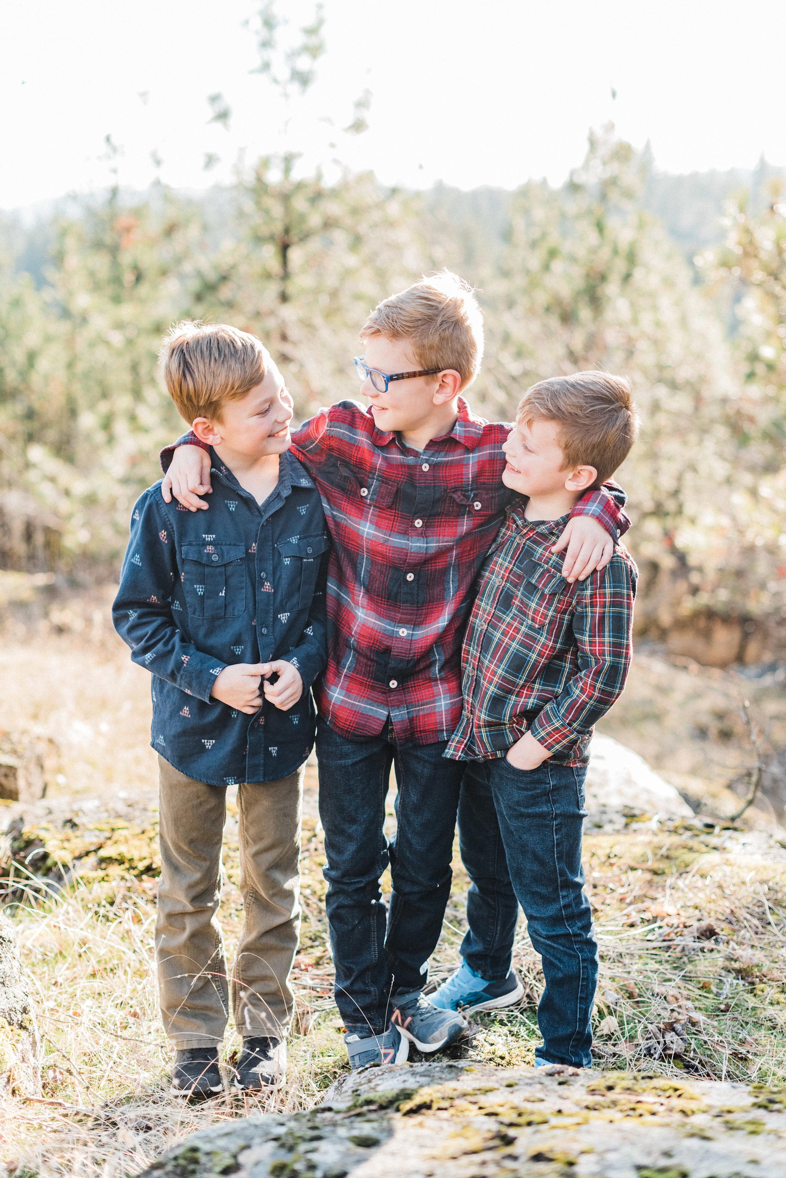 spokane_family_photographer_longmeier (2 of 19).jpg