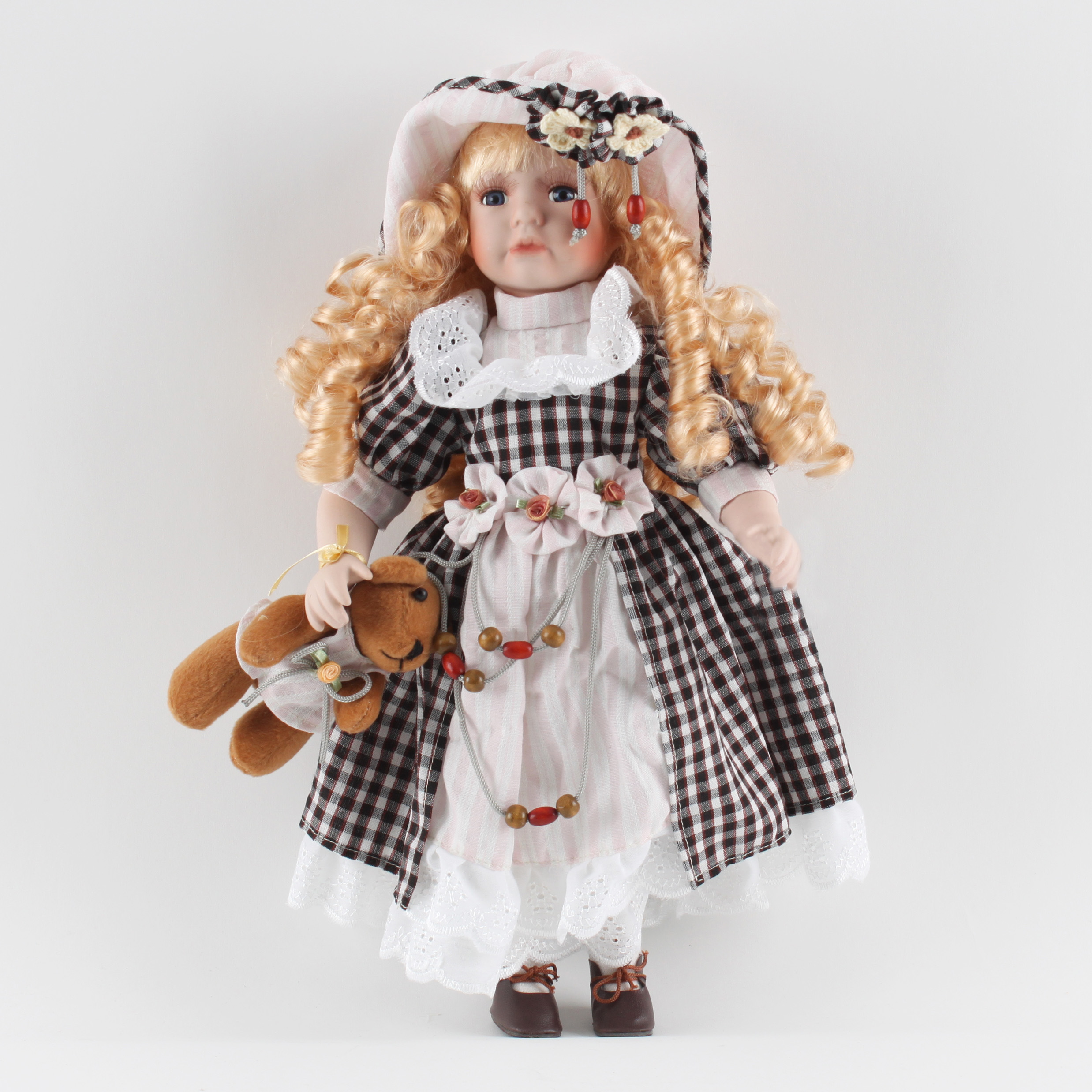 €26 PORCELAIN DOLL DECO W/FABRIC DRESS (POLYESTER) 20Χ20Χ41
