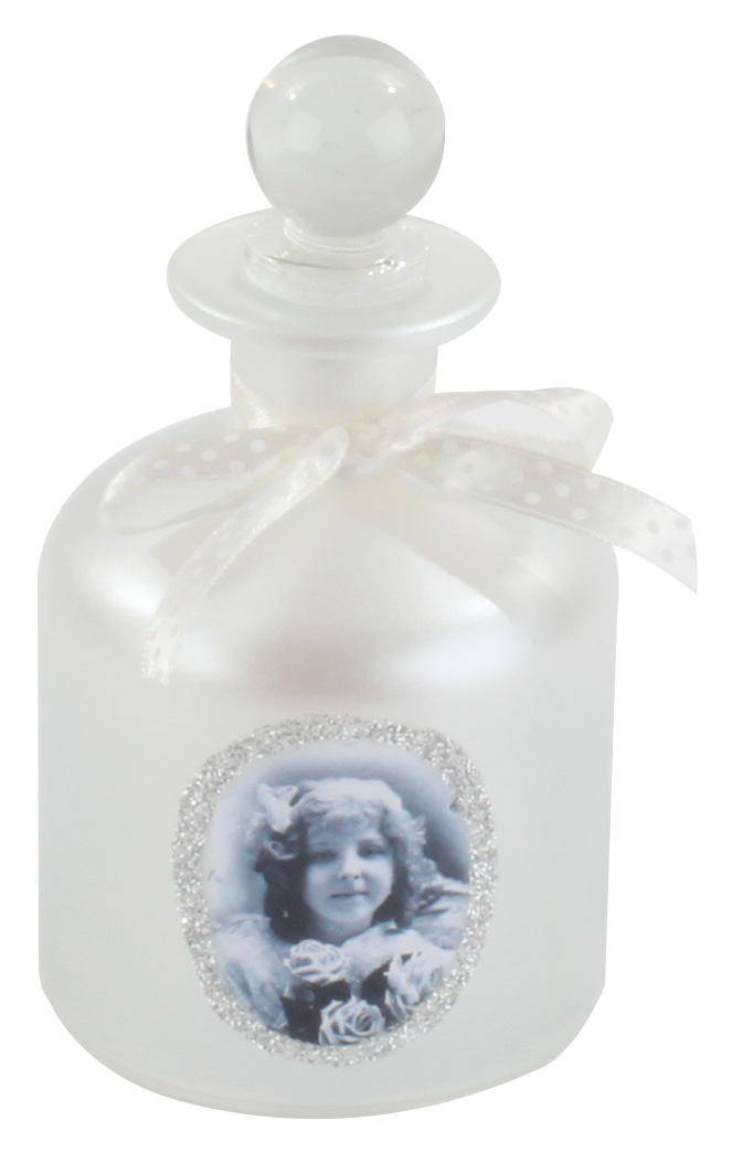 €10 GLASS BOTTLE IN WHITE COLOR W/LITTLE GIRL 8X15