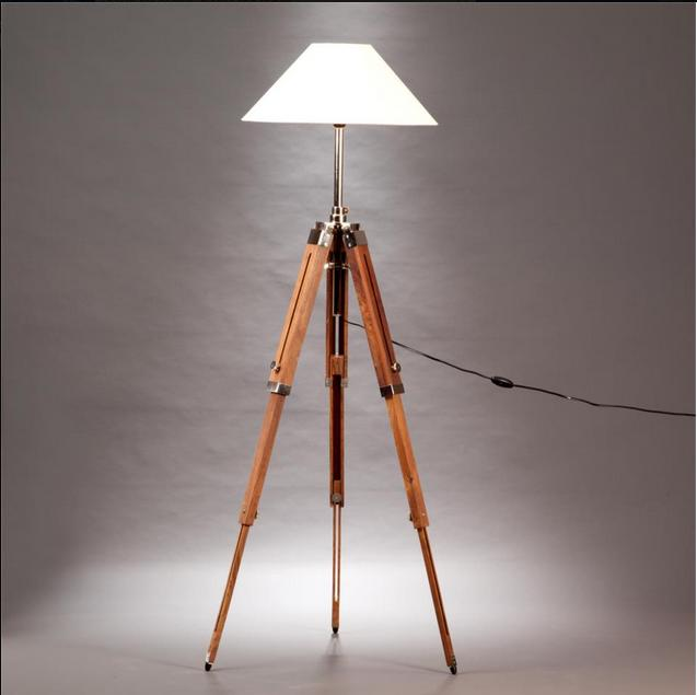 €300 Wooden Tripod Lighting (Beuge or white hat) BW00312