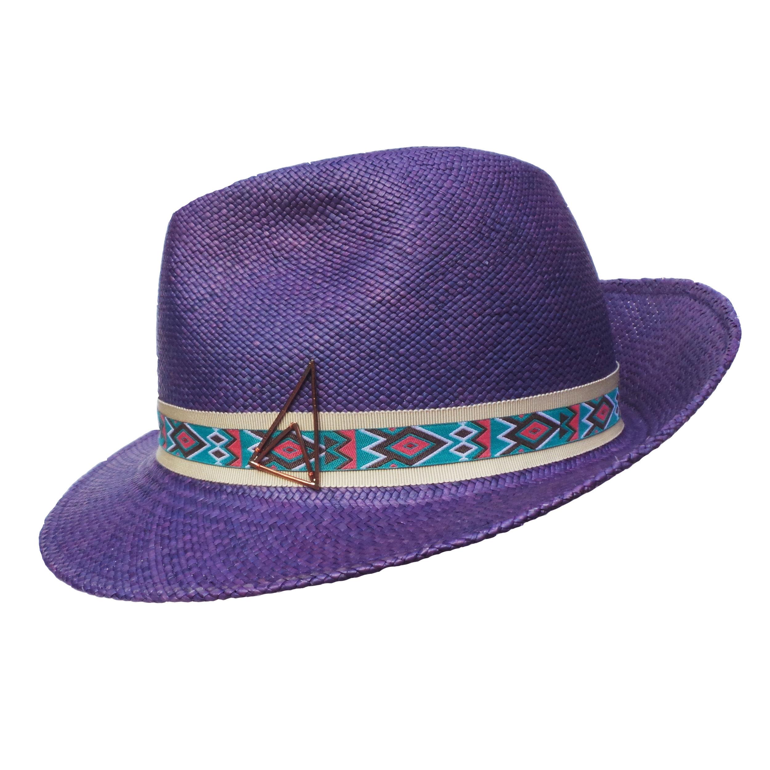 karasu hat 1 a.jpg