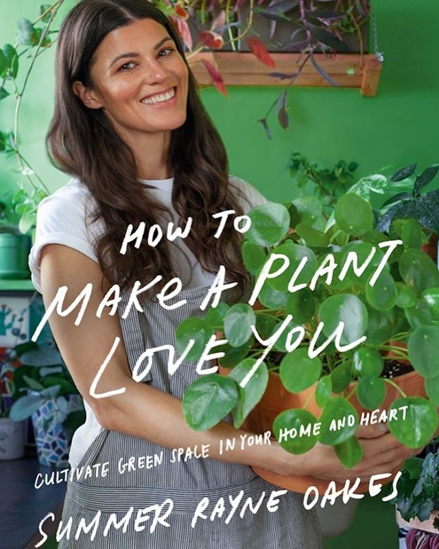 👋 Columbus, on July 15th we are pleased to host Summer Rayne Oakes, @homesteadbrooklyn, at our Italian Village shop for a book signing & workshop! Get your ticket & additional details via our bio link. ✌️🌿✨