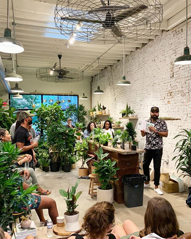 👋 Hey, Columbus plant friends! After @hiltoncarter visited our Philly shop, many of you asked if we could invite him to join us in Ohio. Hilton will be visiting our Italian Village shop this Thursday to talk about how his new book came together, plant care 101, signing, and selling his new book. There are a few spots left, and tickets are available via our bio link!