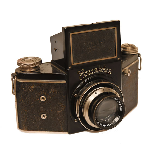 Ihagee Exakta Night B Camera   Ihagee Kamerawerk was the largest independent camera manufacturer in Germany. Voigtlander (Schering), Zeiss Ikon (Carl Zeiss Jena)and Agfa (IG Farben) were owned by other companies. Manufactured in 1933 the Exakta was the first small focal plane SLR.