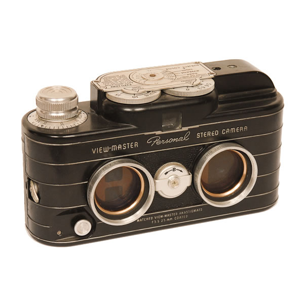Sawyers View-Master Stereo   1952. Sawyers, Inc. of Portland Oregon made this camera for taking personal View-Mater slides. Film was wound twice through the camera at an angle.