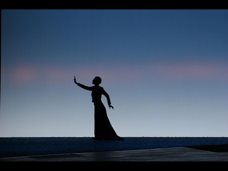 Lady from the Sea Teatr Dramatyczny Warsaw 2005   © photo by AJ Weissbard